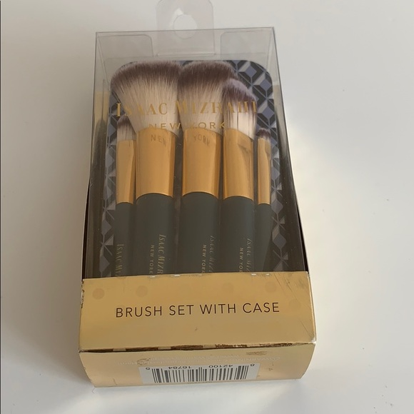 NWT! Brush set with case by Isaac Mizrahi NY
